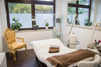 Medical Beauty Kosmetiksalon Behandlungszimmer